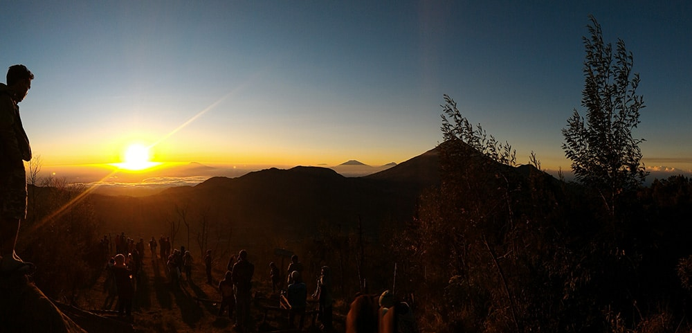 The Golden Sunrise Cikunir, Dieng Plateau